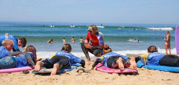 Traumhaftes Surfcamp in Moliets: Party & Campfeeling pur